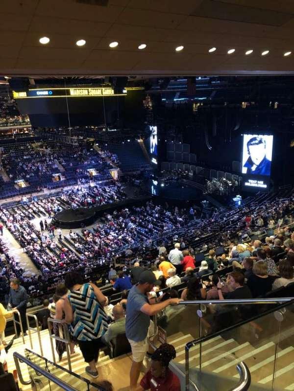 Madison Square Garden, Abschnitt: 209, Reihe: 12, Platz: 21
