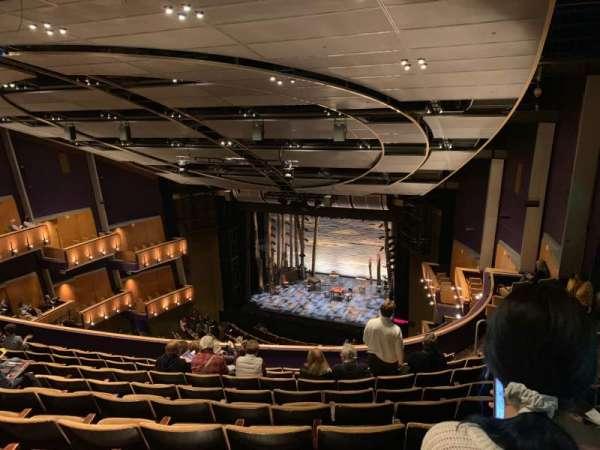 Ahmanson Theatre, Abschnitt: Bal, Reihe: J, Platz: 1