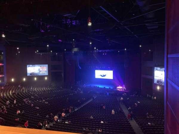 Microsoft Theater, Abschnitt: Lower Mezz Right, Reihe: C, Platz: 113