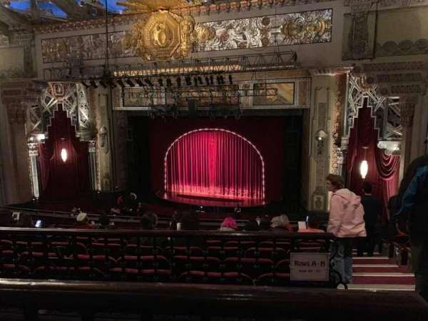 Hollywood Pantages Theatre, Abschnitt: Mezz Center Right, Reihe: K, Platz: 214