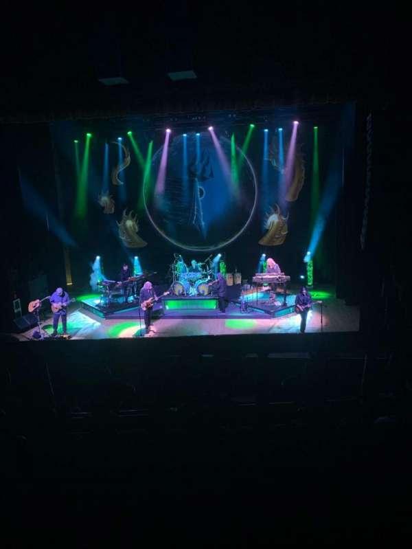 Orpheum Theatre (Los Angeles), Abschnitt: Mezz Center Right, Reihe: A, Platz: 108