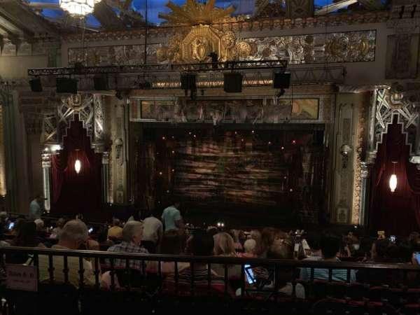 Hollywood Pantages Theatre, Abschnitt: Mezz Right Center, Reihe: J, Platz: 205