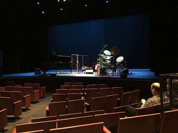 Zellerbach Theatre, Abschnitt: Premium Orchestra, Reihe: E, Platz: 4