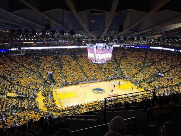 Oracle Arena, Abschnitt: 219, Reihe: 12, Platz: 4
