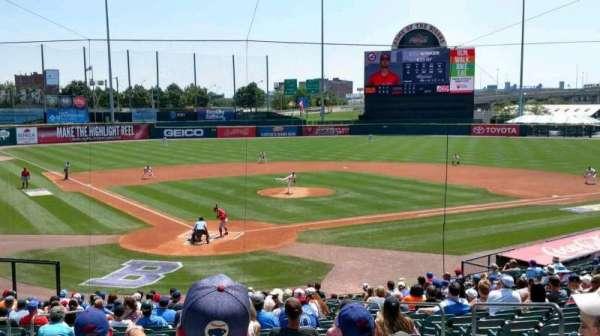 Sahlen Field, Abschnitt: 104, Reihe: AA, Platz: 1