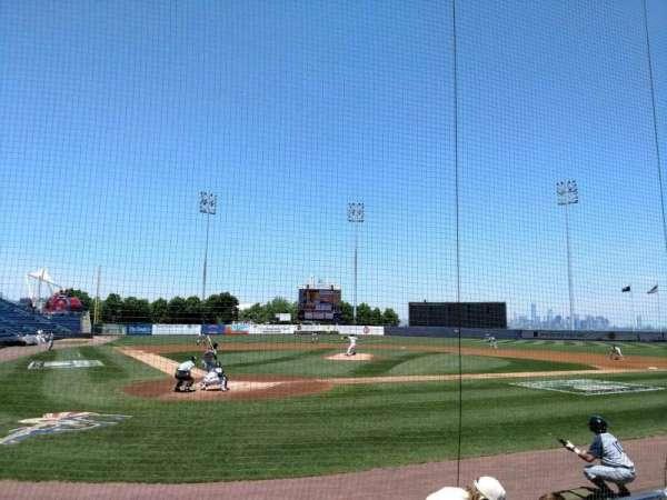 Richmond County Bank Ballpark, Abschnitt: 10, Reihe: E, Platz: 8
