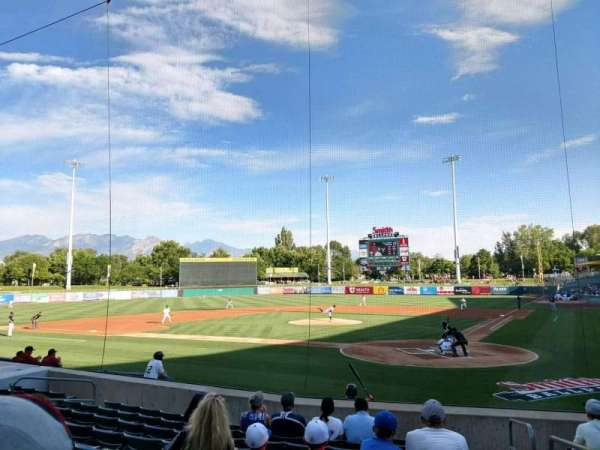 Smith's Ballpark, Abschnitt: 15, Reihe: 12, Platz: 1