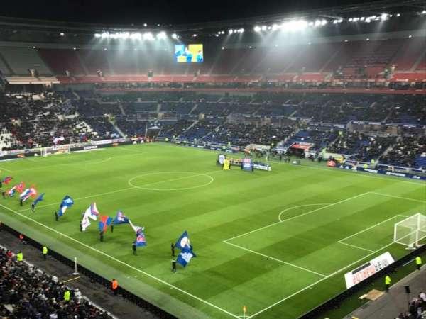 Parc Olympique Lyonnais, Abschnitt: 401, Reihe: 2, Platz: 1