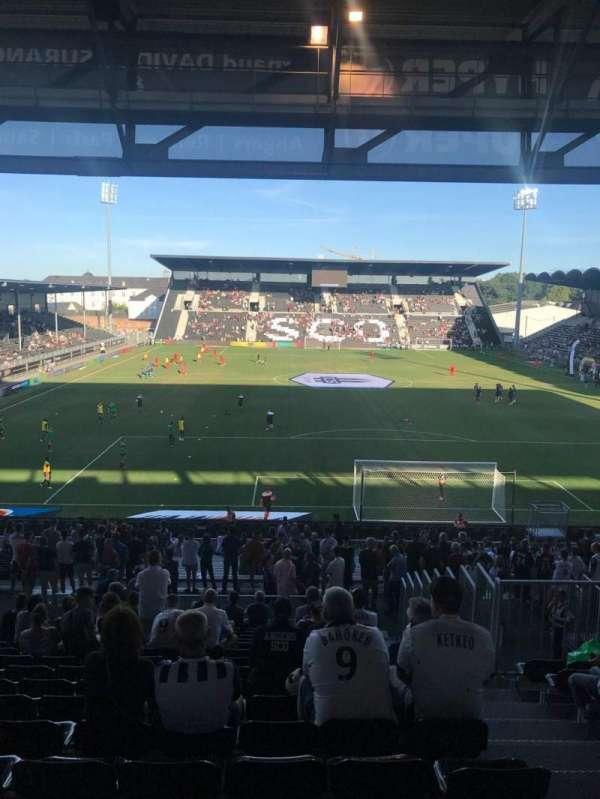 Stade Raymond Kopa, Abschnitt: Coubertin, Reihe: AD, Platz: 110