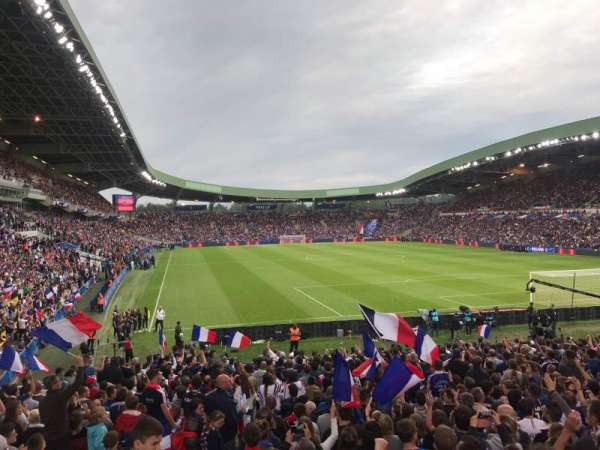 Stade De La Beaujoire, Abschnitt: E2F, Reihe: ZC, Platz: 221