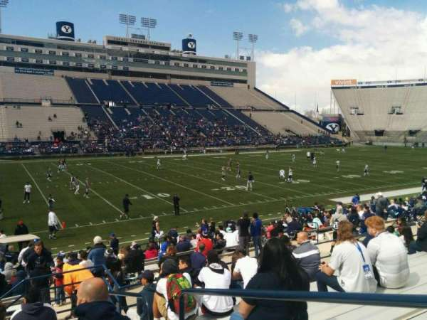 LaVell Edwards Stadium, Abschnitt: 37, Reihe: 18, Platz: 2