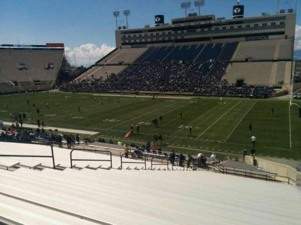 LaVell Edwards Stadium, Abschnitt: 31, Reihe: 38, Platz: 2