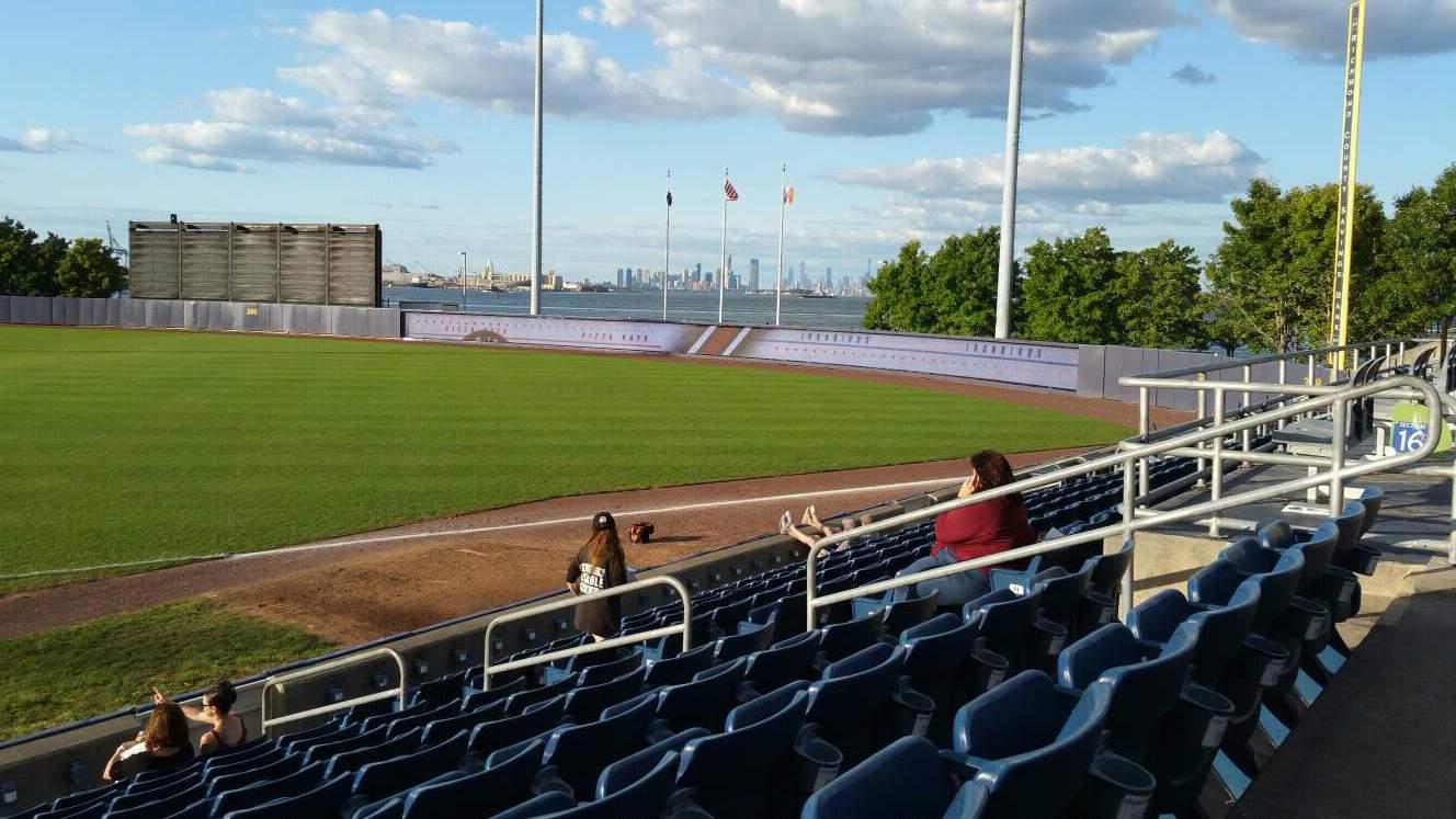 Richmond County Bank Ballpark Abschnitt 15 Reihe L Platz 9