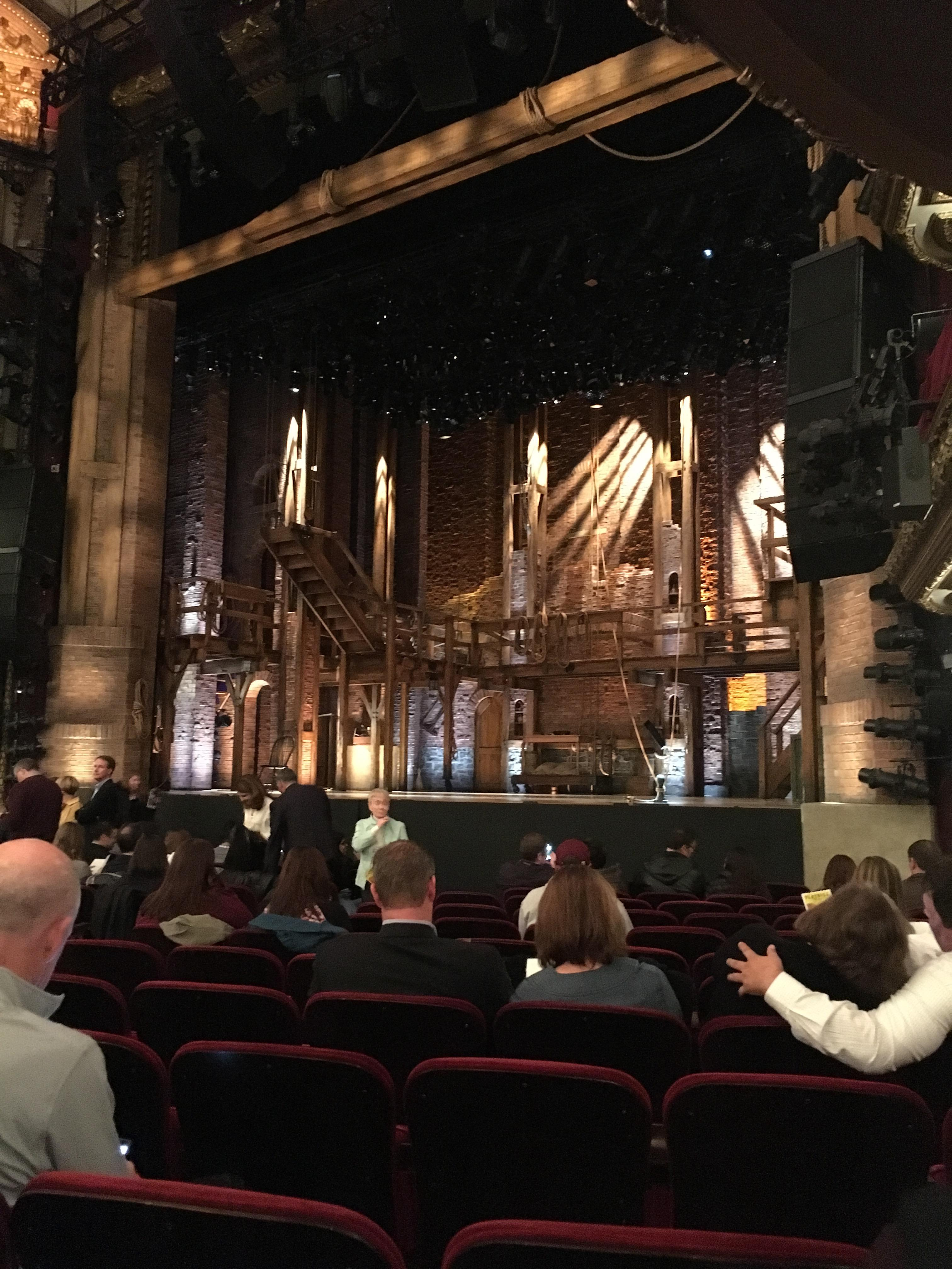 CIBC Theatre Abschnitt Orchestra R Reihe N Platz 18