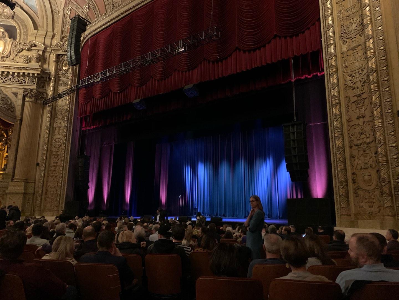 Chicago Theatre Bereich MNFL2R Reihe C Platz 208