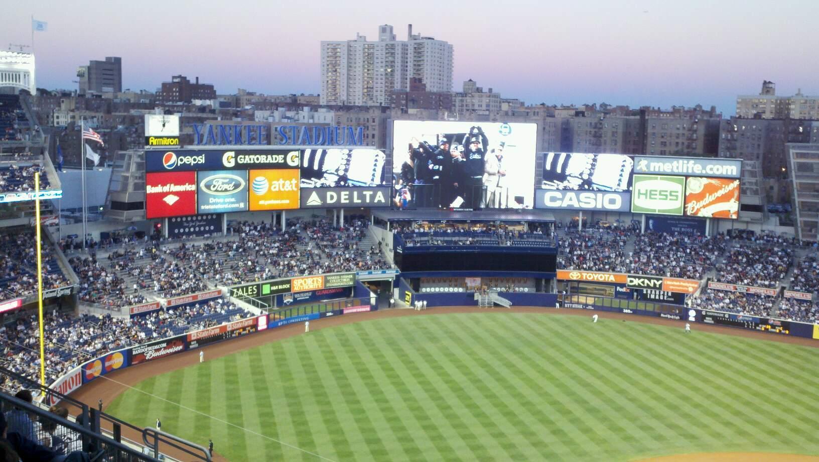 Yankee Stadium Abschnitt 422 Reihe 5 Platz 20