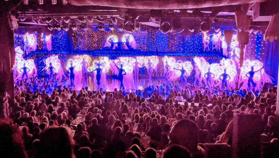 Moulin Rouge,  Abschnitt <strong>Mezzanine</strong>, Reihe <strong>C</strong>, Platz <strong>4</strong>