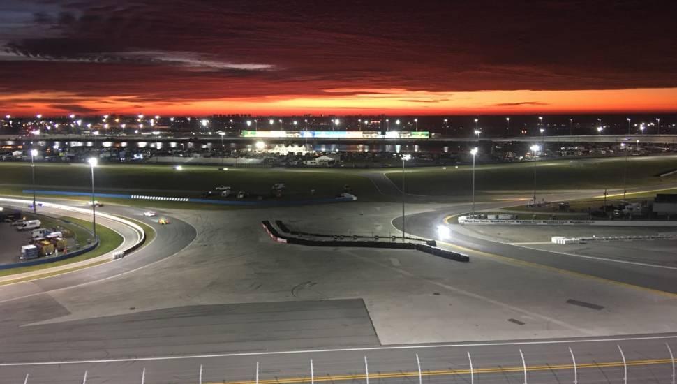 Daytona International Speedway,  Abschnitt <strong>Floor C</strong>, Reihe <strong>2</strong>, Platz <strong>3</strong>