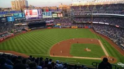 Yankee Stadium, Abschnitt: 424, Reihe: 8, Platz: 2