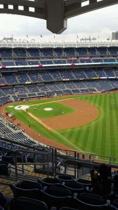 Yankee Stadium, Abschnitt: 409, Reihe: 12, Platz: 21