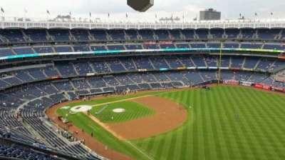 Yankee Stadium, Abschnitt: 409, Reihe: 12, Platz: 22
