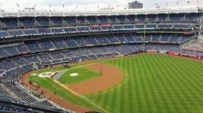 Yankee Stadium, Abschnitt: 409, Reihe: 11, Platz: 23