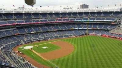 Yankee Stadium, Abschnitt: 409, Reihe: 12, Platz: 18
