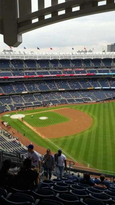 Yankee Stadium, Abschnitt: 409, Reihe: 12, Platz: 17
