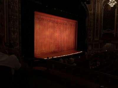 Cadillac Palace Theater, Abschnitt: Dress Circle Left, Reihe: DD, Platz: 5