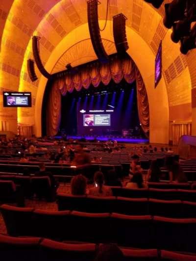 Radio City Music Hall, Abschnitt: Orchestra 1, Reihe: D, Platz: 104