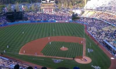 Dodger Stadium, Abschnitt: 11, Reihe: 9, Platz: 3