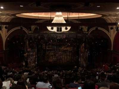 Broadway Theatre - 53rd Street, Abschnitt: Rear Mezz, Reihe: Q, Platz: 107