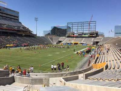 Sun Devil Stadium, Abschnitt: 37, Reihe: 25, Platz: 10