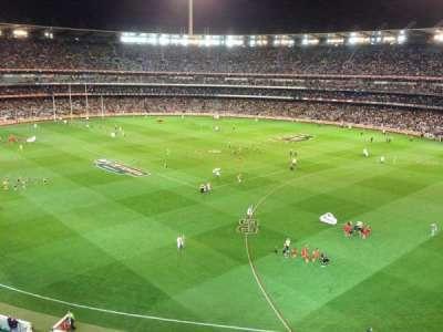 Melbourne Cricket Ground, Abschnitt: Q13, Reihe: 2, Platz: 4