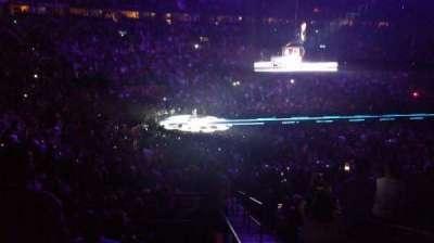 Bridgestone Arena, Abschnitt: 104, Reihe: P, Platz: 25-26