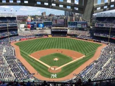 Yankee Stadium, Abschnitt: 420B, Reihe: 13, Platz: 7