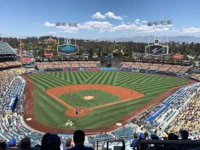 Dodger Stadium, Abschnitt: 2RS, Reihe: M, Platz: 22