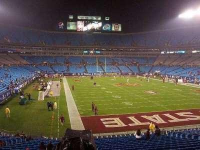 Bank of America Stadium, Abschnitt: 233, Reihe: 9, Platz: 1