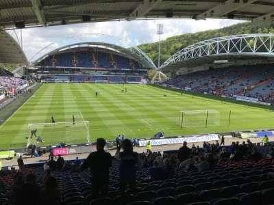 John Smith's Stadium, Abschnitt: Chadwick Lawrence, Reihe: RR, Platz: 122