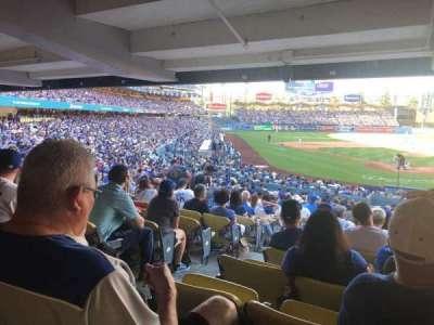 Dodger Stadium, Abschnitt: 2DL, Reihe: DR, Platz: 2