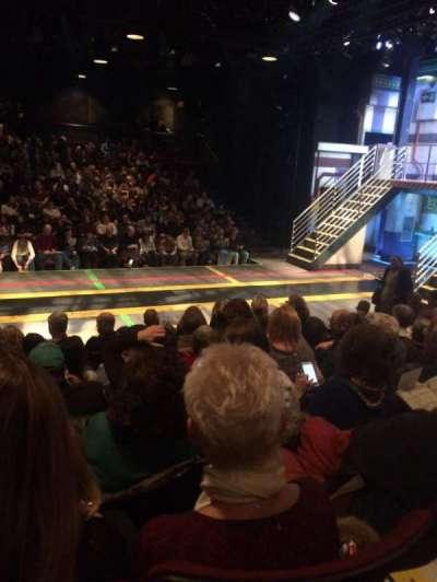 Circle in the Square Theatre, Abschnitt: Orch, Reihe: F, Platz: 222