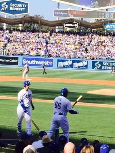 Dodger Stadium, Abschnitt: 9FD, Reihe: E, Platz: 1