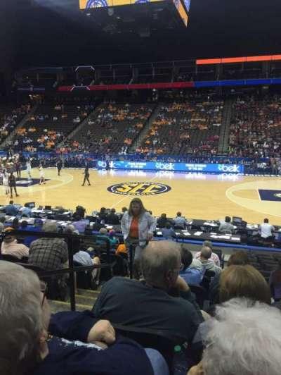 Jacksonville Veterans Memorial Arena, Abschnitt: 102, Reihe: M, Platz: 17
