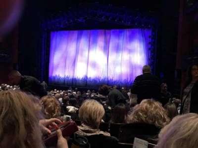 Marquis Theatre, Abschnitt: Orchestra Center, Reihe: R, Platz: 124
