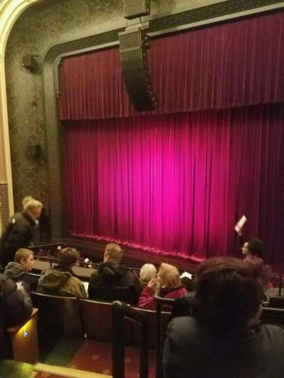 New York City Center, Abschnitt: mezzRt, Reihe: A, Platz: 2