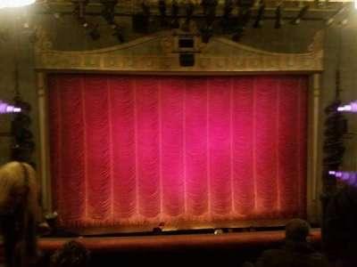 Broadhurst Theatre, Abschnitt: mezz cent, Reihe: 4, Platz: 105