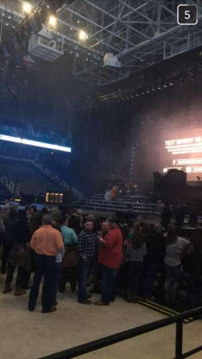 Greensboro Coliseum, Abschnitt: 125, Reihe: D, Platz: 12