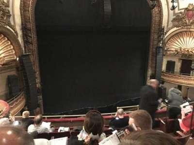 Palace Theatre (Broadway), Abschnitt: Mezz, Reihe: F, Platz: 7