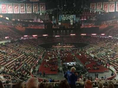 Joe Louis Arena, Abschnitt: 201, Reihe: 8, Platz: 8