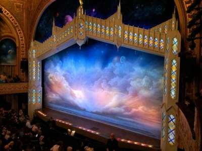 Eugene O'Neill Theatre, Abschnitt: Front Right Mezzanine, Reihe: A, Platz: 22